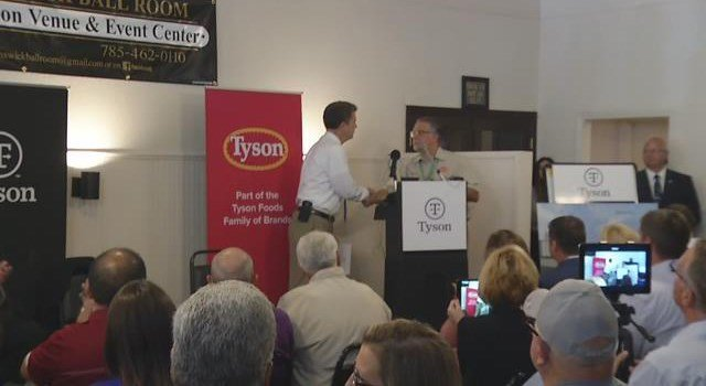 Tyson Foods, Inc. has announced plans to build a $320 million poultry complex in Leavenworth County. (KCTV5)