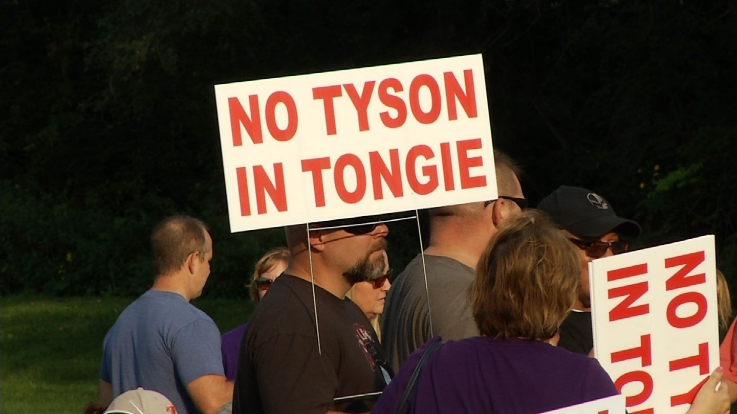 Three state lawmakers who represent parts of Leavenworth County have scheduled a public forum Friday to discuss a proposal from Tyson Foods Inc. to build a massive poultry processing complex near Tonganoxie. (KCTV5)