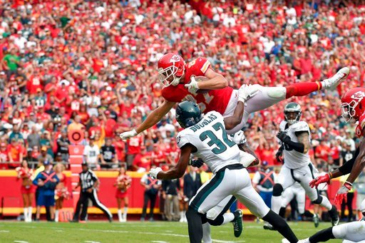 Travis Kelce flies into the end zone to give Kansas City a 20-13 lead. (AP)