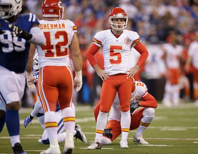 Chiefs place kicker Santos on injured reserve