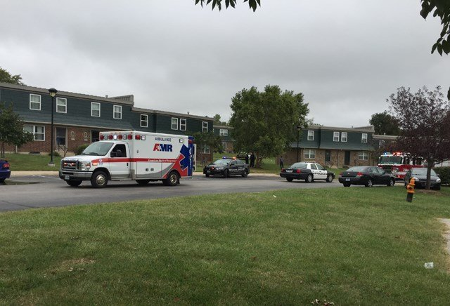 The shooting happened just before 10:40 a.m. at the Hawthorne Place Apartments, in the 600 block of N. Peck Court. (Edwin Watson/KCTV5)