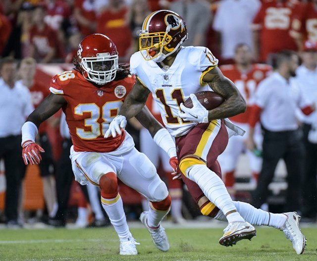 """The incident was caught on video and shows Pryor shouting obscenities at a fan and flipping his middle finger toward the fan after the fan shouts """"f--- you,"""" at the receiver. (AP)"""