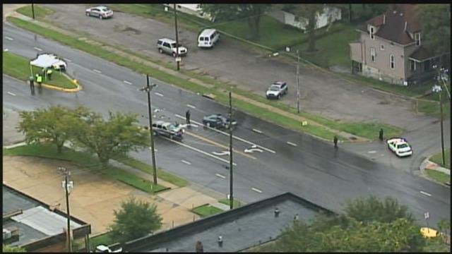 Kansas City, KS Police Chief Terry Zeigler said the wreck happened at 33rd Street and Parallel Parkway. (Chopper5)