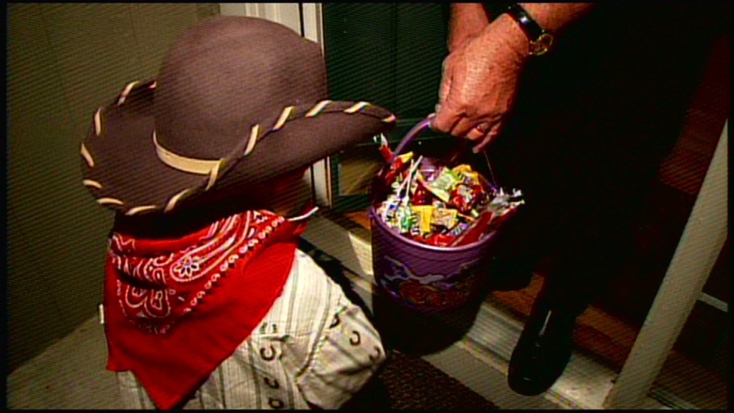 Is the fear of taking candy from a stranger changing the way we celebrate Halloween? (KCTV5)