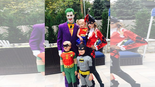 A few of the Kansas City Chiefs went all out for Halloween including quarterback Alex Smith who dressed up as The Joker.(Elizabeth Smith/Twitter)