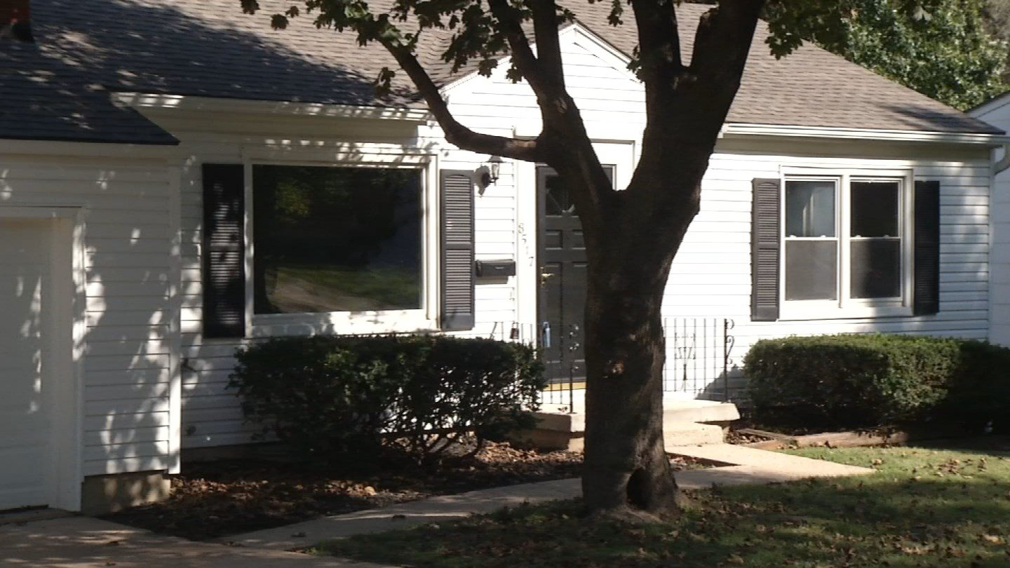 DeAnn Gould spotted a house for rent on Craigslist, thought she recognized the person posting the ad by the email address. (KCTV5)