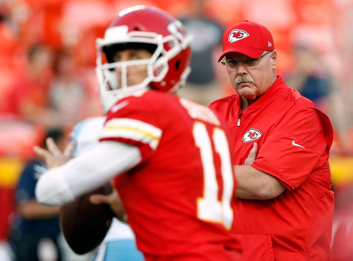 The rollercoaster seasons of the Buffalo Bills and Kansas City Chiefs seem to be running parallel to each other, from their hot starts to their stumbles to injuries and quarterback questions. (AP)