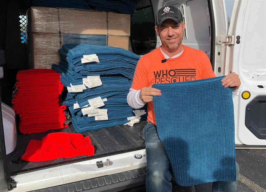 When Scott Poore first saw some floor mats at IKEA, it gave him an idea for shelter animals to sleep on. (Brett Hacker/KCTV5 News)