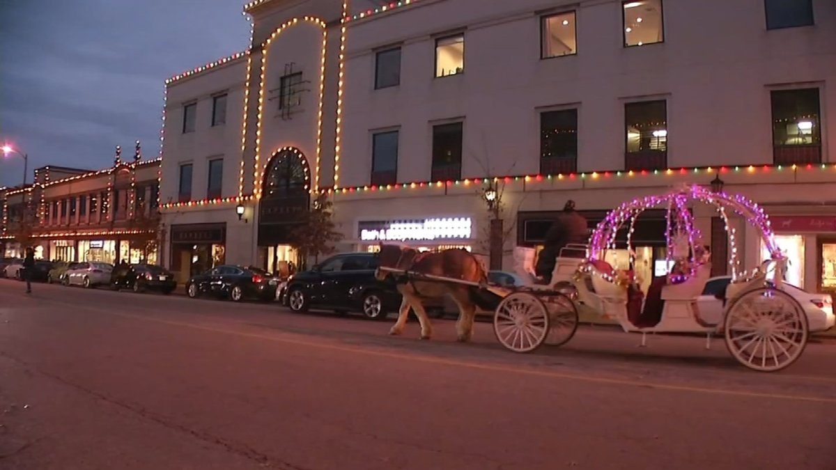 Kansas City Carriages looks forward to the thousands of children and adults, families who come to the Country Club Plaza for their annual horse-drawn carriage ride. (KCTV5)