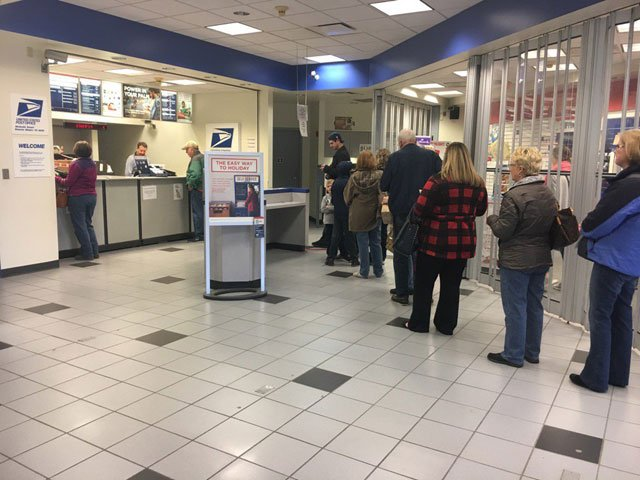 It's a busy time of year for the U.S. Postal Service. Everyone's clamoring to get their gifts delivered in time for Christmas. (Natalie Davis/KCTV5 News)