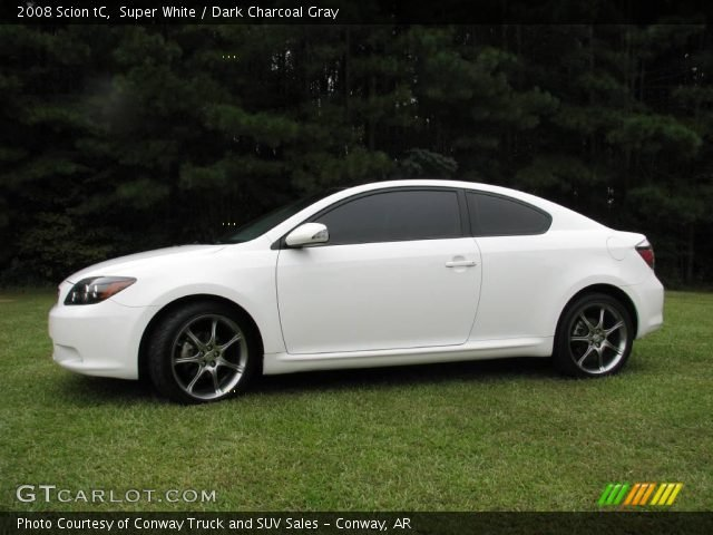 Photo of a white 2008 Scion TC that looks like the involved one. (Via MSHP)