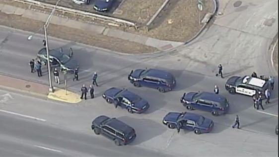 A near 20-minute police pursuit has ended in Kansas City, KS. A man and two women were taken into custody after the chase, which began in Kansas City and ended on 54th Street and Parallel Parkway. (Chopper 5)