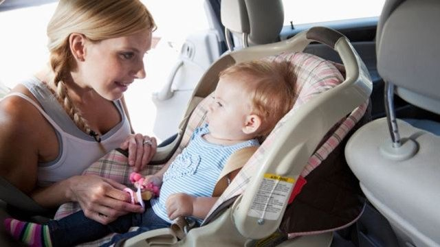 Now, Missouri Representative Brandon Ellington wants to change that, making the law that requires all children under the age of two be in a rear-facing car seat. (CBS)