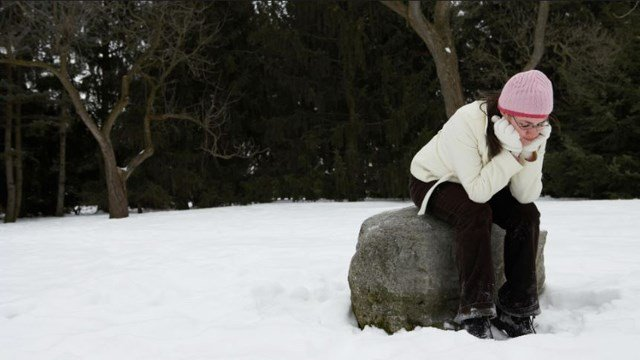 Many people deal with the cold and winter in crippling ways. And experts say seasonal affective disorder can be more than just the 'winter blues'. (CNN)
