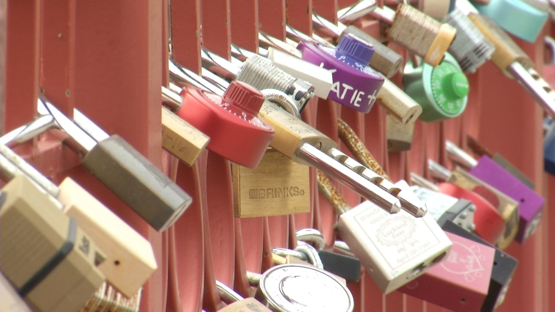 Couples placing locks on the historic Old Red Bridge as a symbol of lasting love hasbecome a recent tradition in Kansas City. (KCTV5)