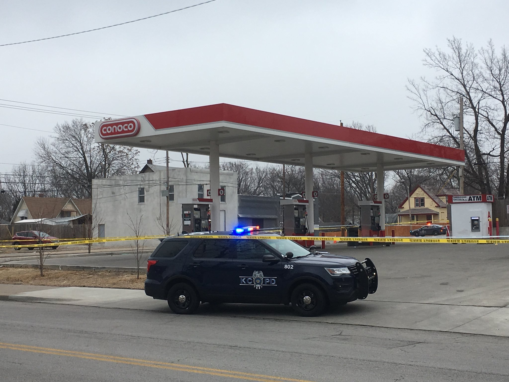 Police were on scene of a fatal shooting outside a gas station at 2711 Indiana in Kansas City. (Ashley Arnold/KCTV5)