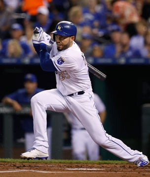 FILE - In a Friday, Sept. 29, 2017 file photo, Kansas City Royals' Eric Hosmer hits an RBI-single in the first inning of a baseball game against the Arizona Diamondbacks at Kauffman Stadium in Kansas City, Mo. (AP)