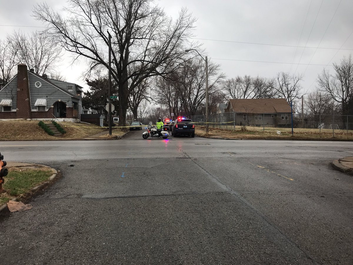 The scene in the area of 23rd and Oakley. (Caroline Sweeney/KCTV)