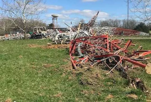 Southwest Missouri officials are investigating after a worker was killed when a TV tower collapsed. (Source: KY3)