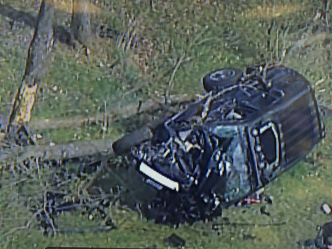 Policeare searching for what caused a crashnear Blue Springs South High Schoolthat hospitalized teenagers on Thursday. (Chopper 5)