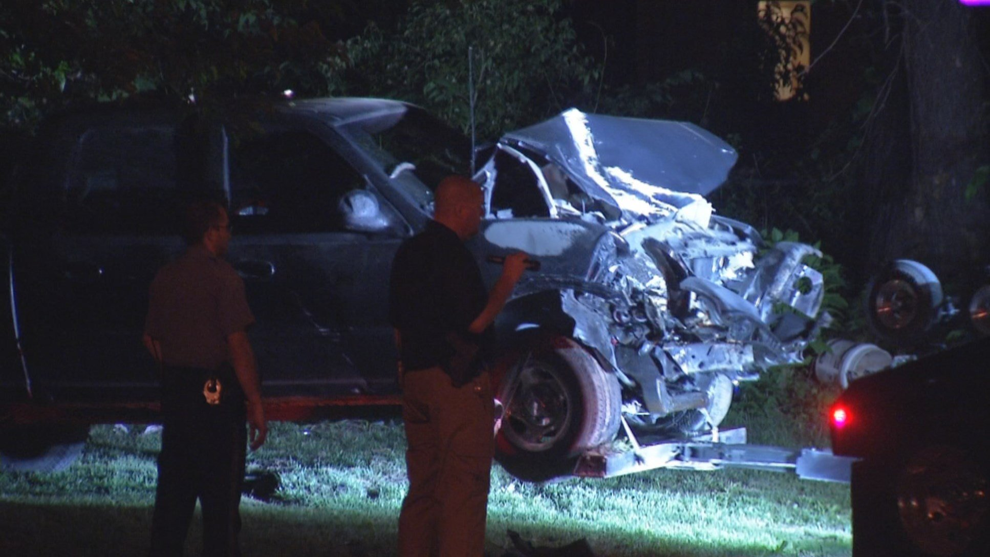 The wreck happened shortly after 10 p.m. in the 1200 block of Osage Avenue. (KCTV5)