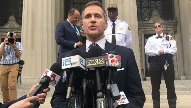 Gov. Greitens vows he won't quit amid allegations