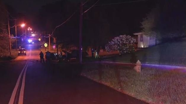 The scene the night the crash happened. (KCTV)