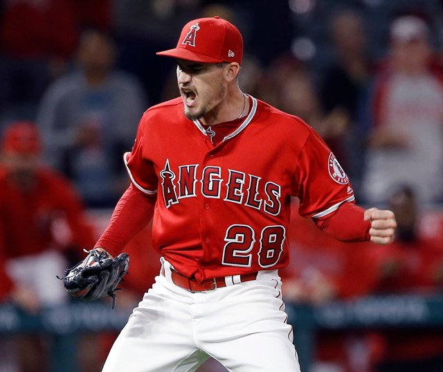 Los Angeles Angels starting pitcher Andrew Heaney reacts after getting Kansas City Royals' Mike Moustakas to ground out for the final out of a baseball game in Anaheim, Calif., Tuesday, June 5, 2018. Heaney threw a one-hitter as the Angels won 1-0. (AP)