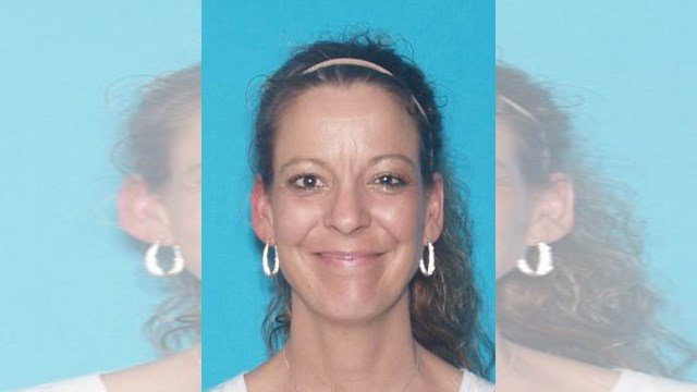 Authoritiesissued an Endangered Person Advisory for 42-year-old Lisa Rosson Monday. (Moberly Police Department)