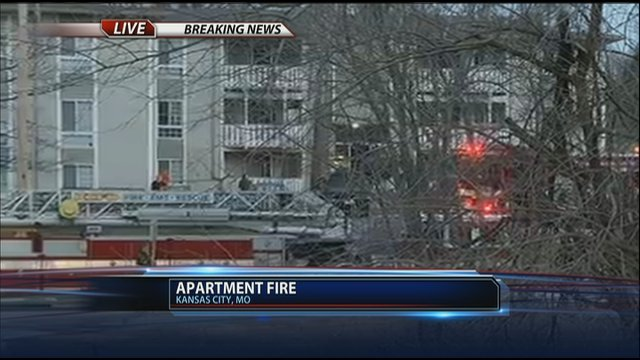 family escapes northland apartment fire kctv5