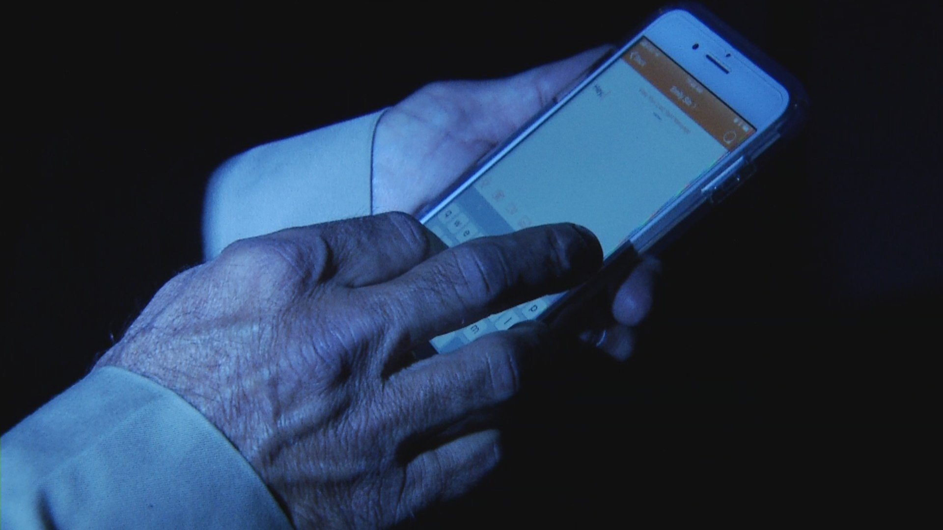 The Confide messaging app that has been the source of so much controversy may have another problem -- security. (KCTV5)