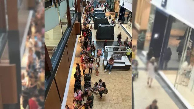 Build-A-Bear line in West County Mall in St. Louis. (KMOV)