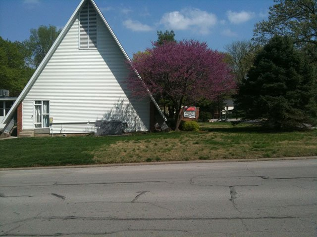 Pilgrim United Church of Christ at 2nd and Arch St. Photo Courtesy: KCTV5 Photographer Chuck Prewitt