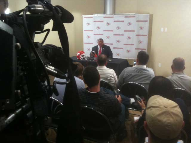 Romeo Crennel talks about the Poe pick