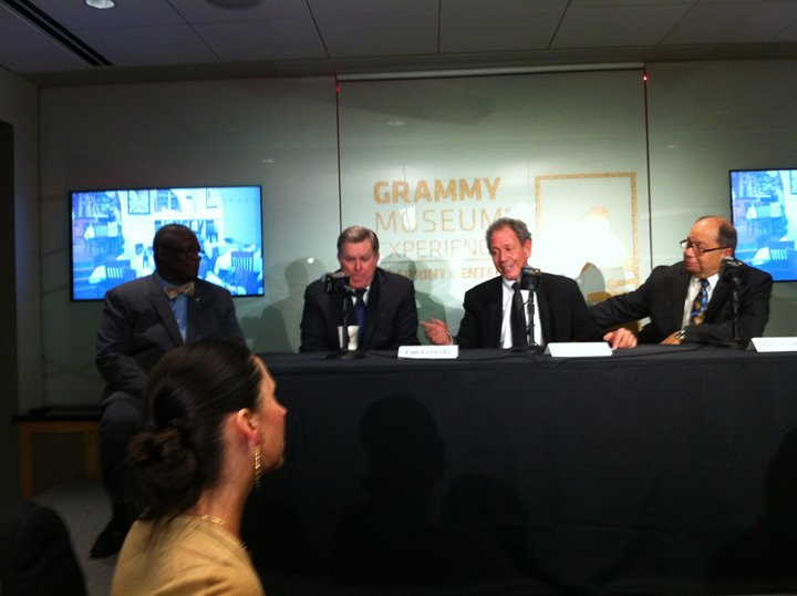 Mayor Sly James, AEG CEO Tim Leiweke and JJ's co-owners Jimmy and Dave Frantze