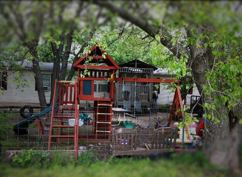 Home where baby lived via Brett Hacker/KCTV5