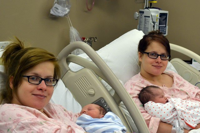 Kayla Dutton, left, gave birth to a healthy boy, while Kortney Dutton delivered a healthy daughter.  (Menorah Medical Center)