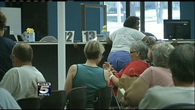 The Kansas Department of Motor Vehicles in Mission is extending its summertime hours.