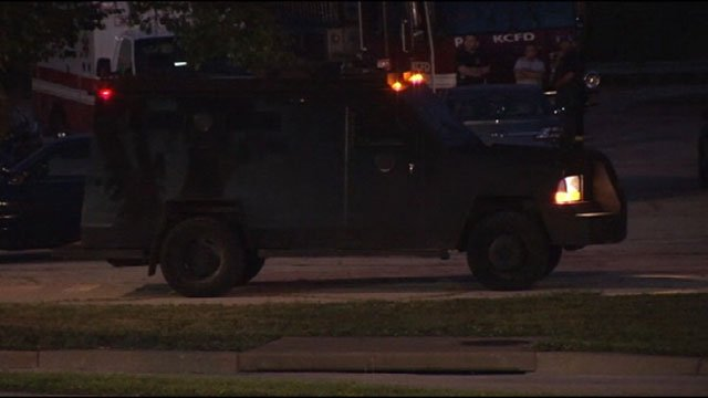 Police have one man in custody following an early morning standoff at a motel in the south part of the city.