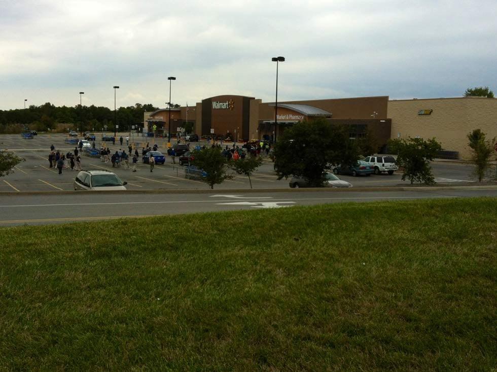 Walmart On  Highway Kansas City Missouri