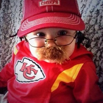 CBS Sports' Will Brinson spotted a little trick-or-treater dressed as head coach Andy Reid at Arrowhead Stadium on Sunday. (Photo via @WillBrinson/Twitter)