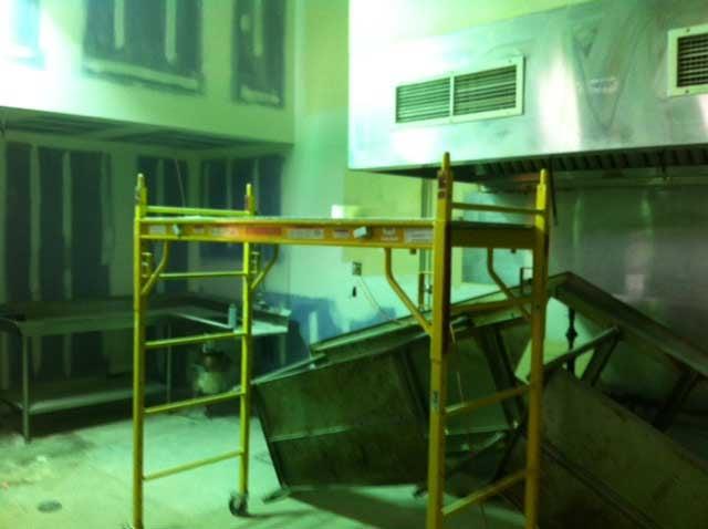 KC Rescue Mission kitchen (Sandra Olivas/KCTV5)