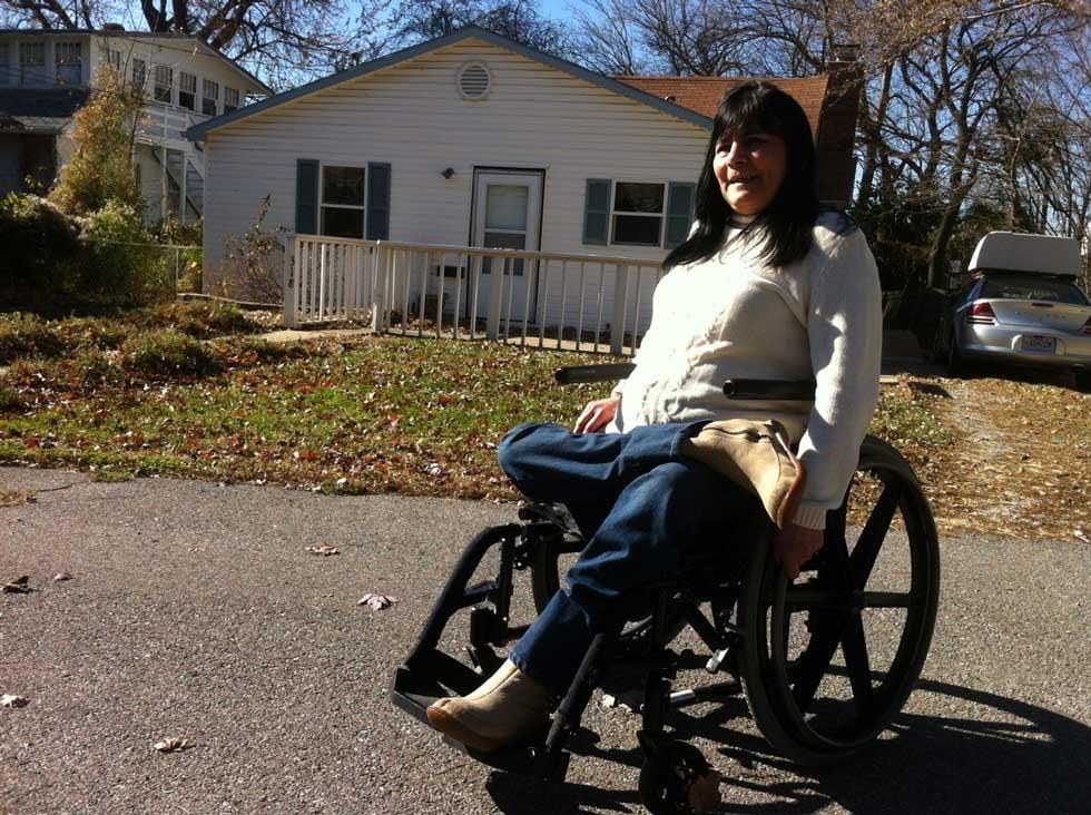Susan Navarro outside her Independence home (Brett Hacker/KCTV5)