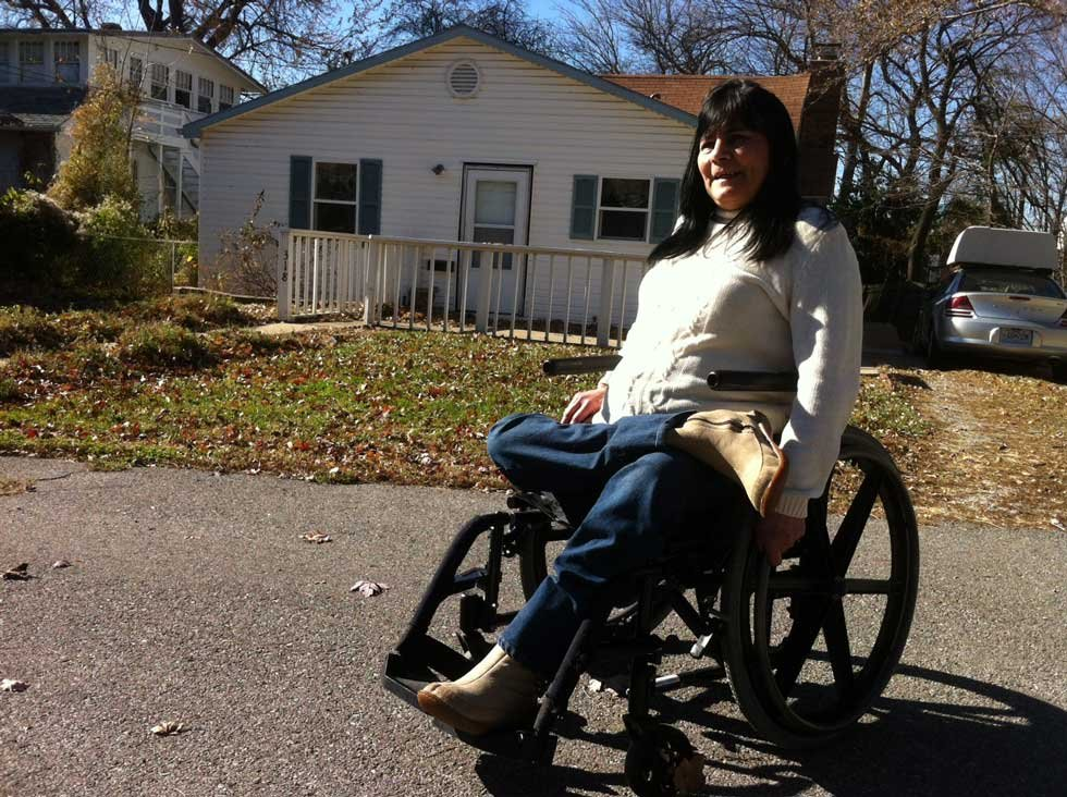 Susan Navarro outside her Independence home (Brett Hacker/KCTV5)