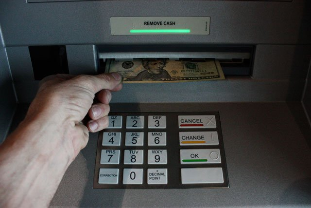 Banks everywhere are in a race against time to upgrade their ATMs before they become hot targets for hackers. (Ferre Dollar/CNN)
