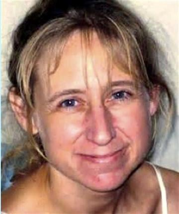 In this photo provided by the Town of Geneva, Wis., Police Department is Laura Simonson, 37, from Farmington, Minn.