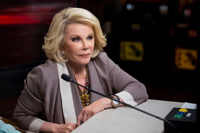 """Joan Rivers appears on TBS game show 'Deal with It."""" (Trae Patton/Turner Entertainment)"""