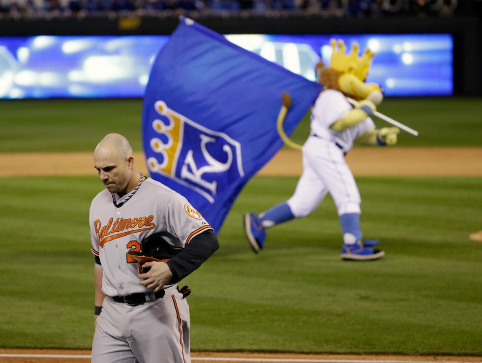 Baltimore Orioles' Steve Pearce (28) walks to the dugout after grounding out to second for the final out of Game 3 of the ALCS against the Kansas City Royals Tuesday in Kansas City, Mo. The Royals won 2-1 and lead the series 3-0. (AP Photo/Matt Slocum )