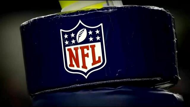 Federal drug enforcement agents showed up unannounced Sunday to check at least three visiting NFL teams' medical staffs as part of an investigation into former players' claims that teams mishandled prescription drugs.