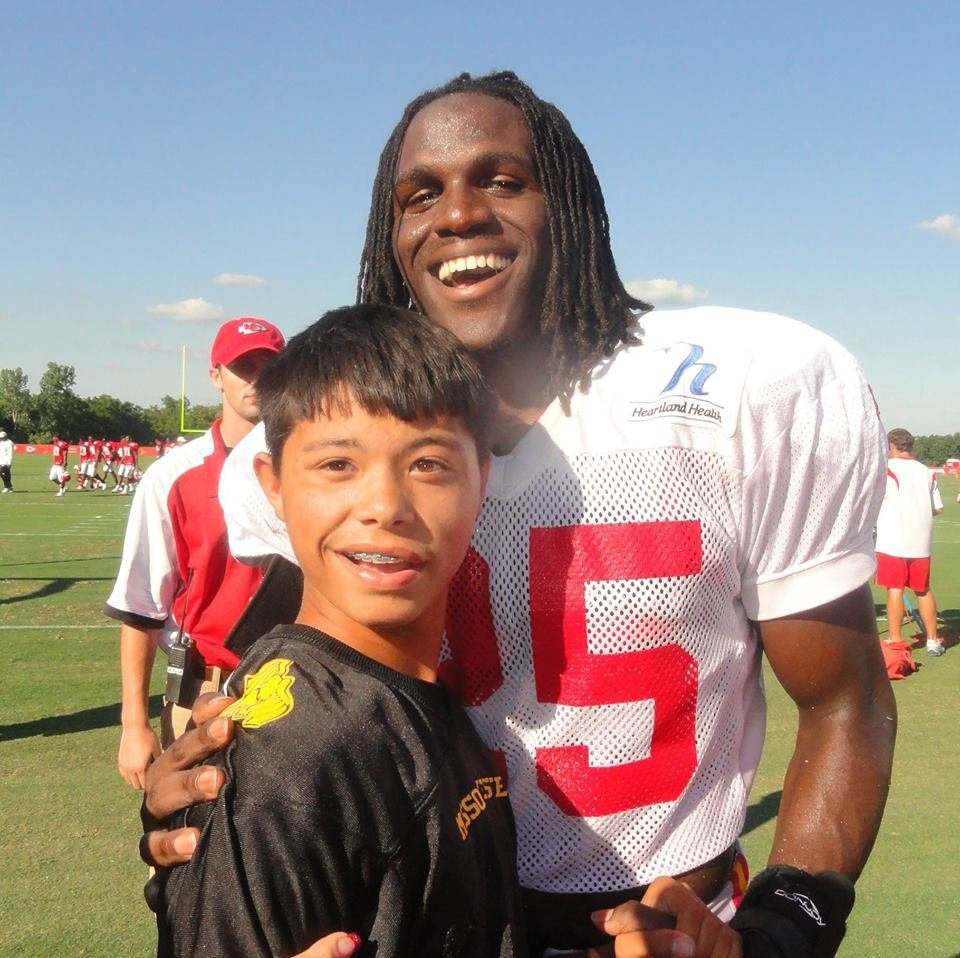 Chiefs running back Jamaal Charles met Andre Lance a few years ago at training camp and remembered taking a photo with him.